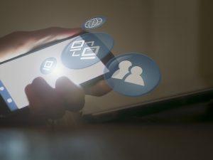 Aplikacija za praćenje mobitela preko interneta